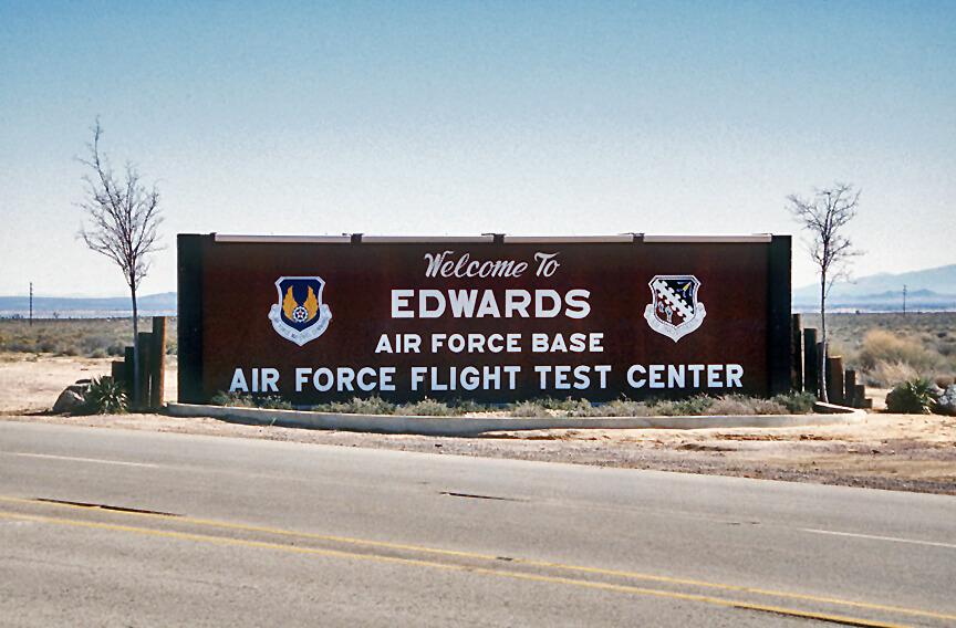 EDWARDS AIR FORCE BASE, CALIFORNIA – Wandering I